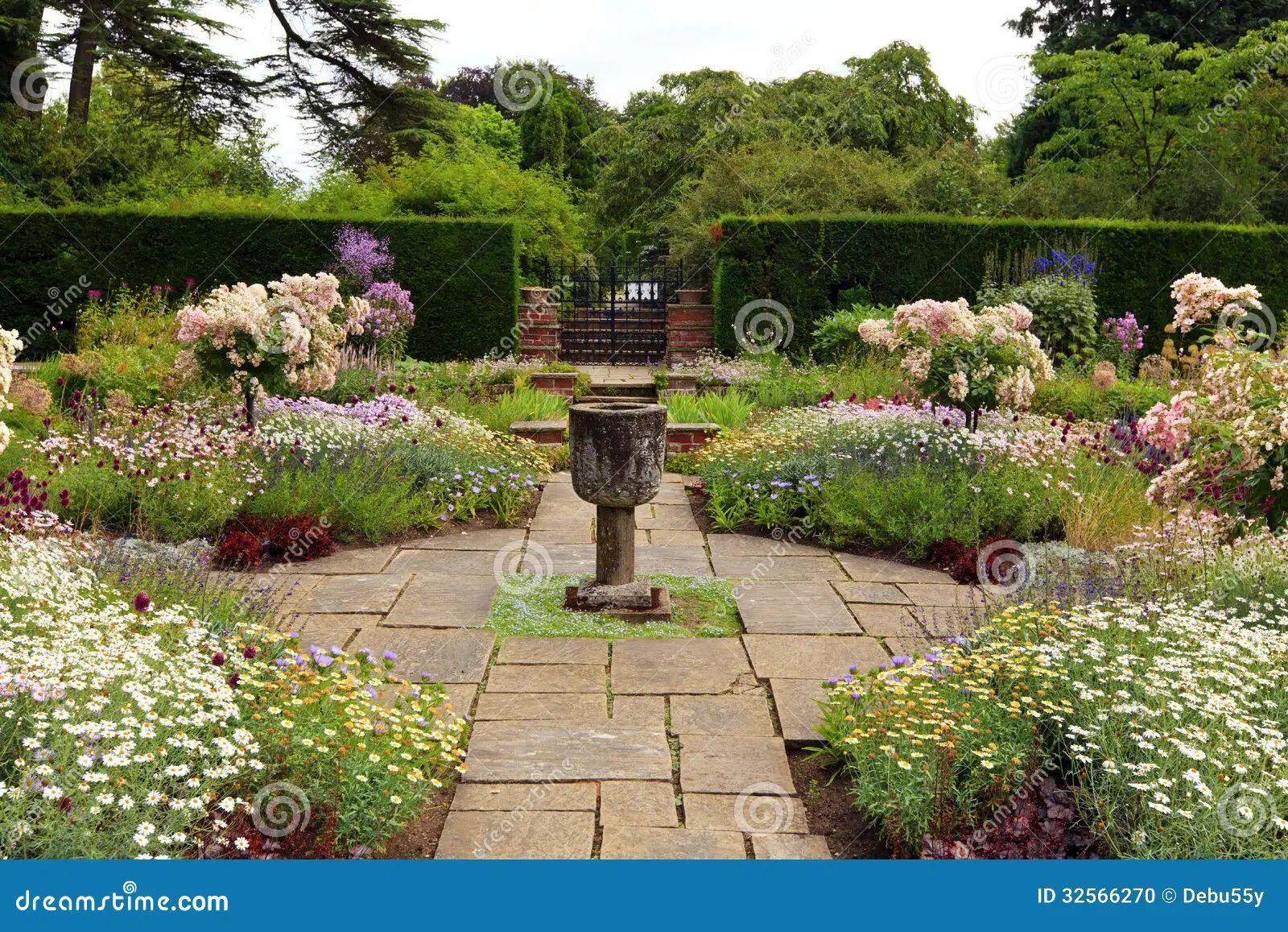 English formal garden stock photo image 32566270