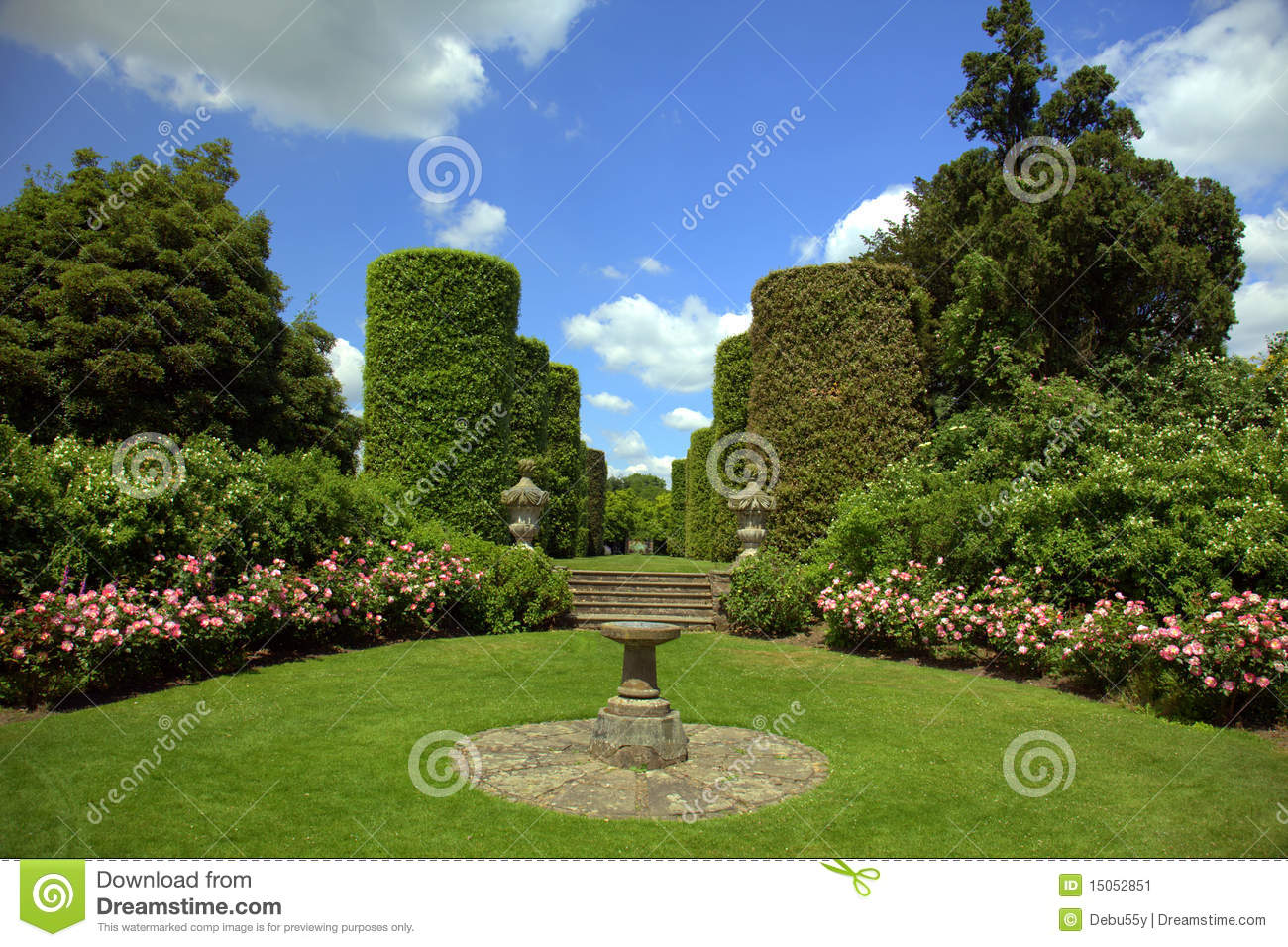 Home En Garden English Stately Home Garden Stock Image Image Of White