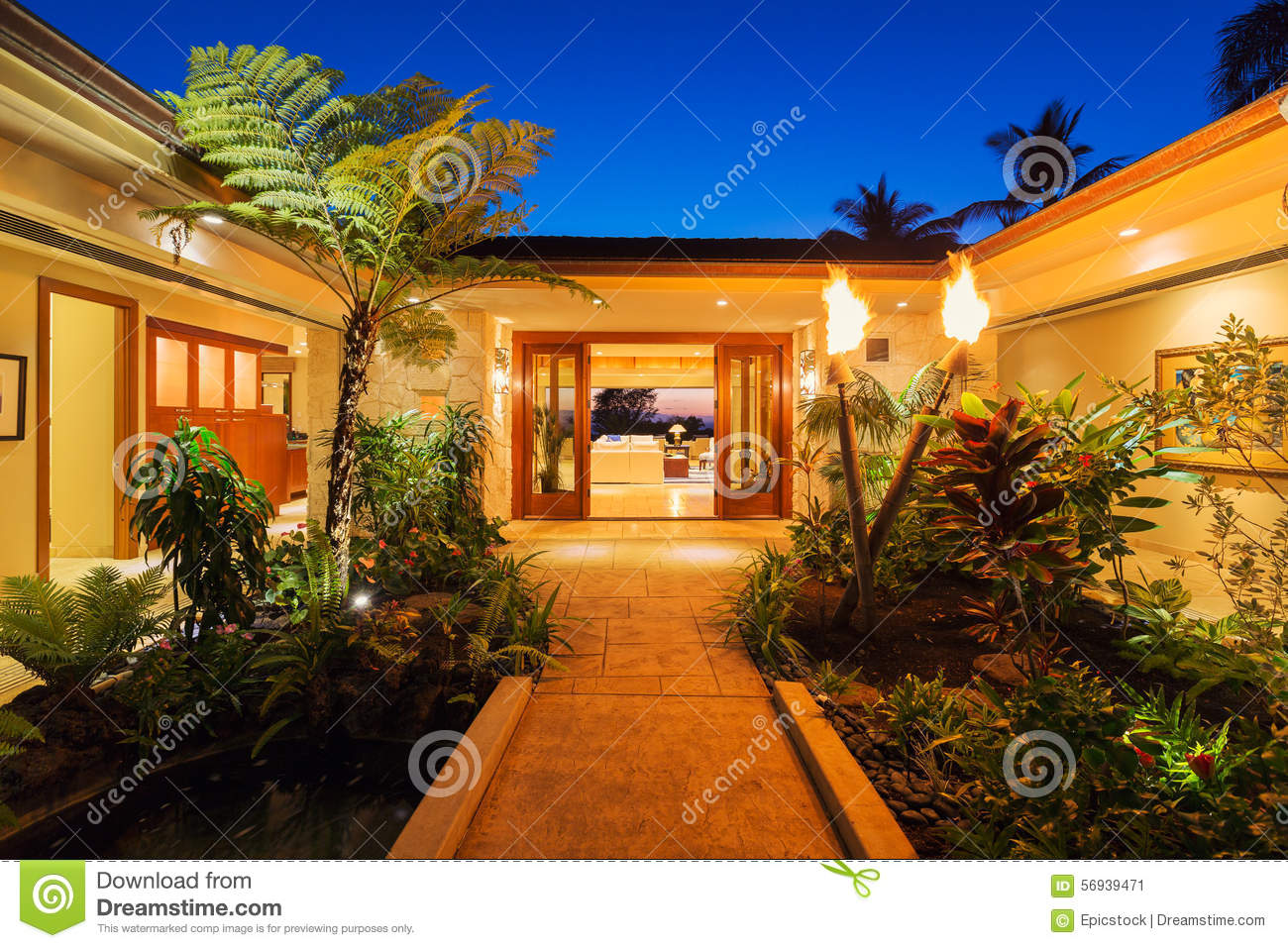 Luxury Home Entrance Entrance To Luxury Home Stock Photo Image 56939471