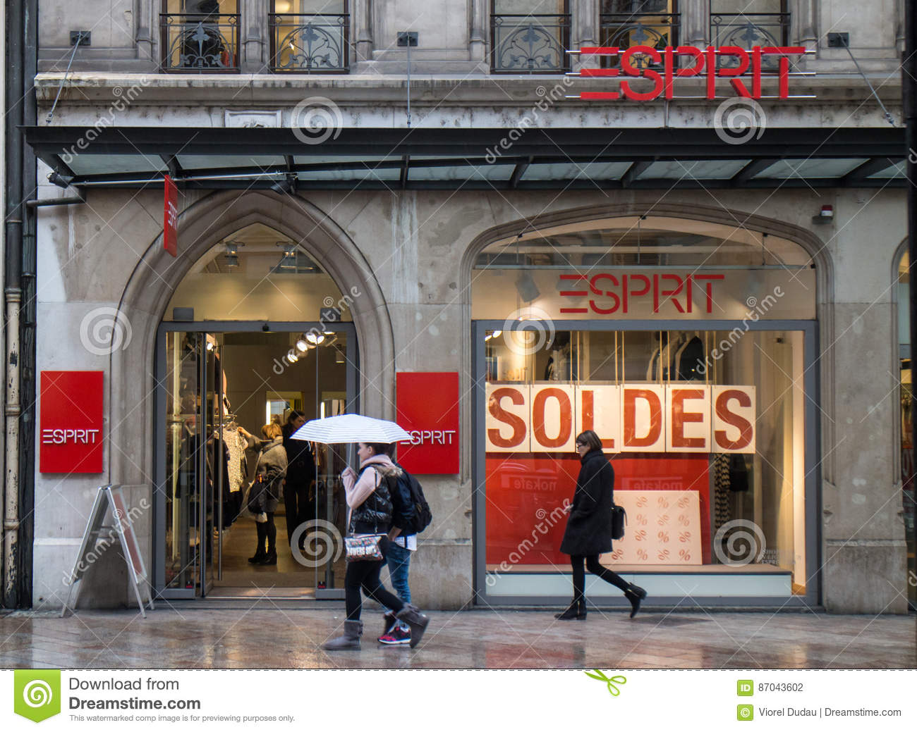 Esprit Shop Esprit Store Editorial Photography Image Of Fashion 87043602