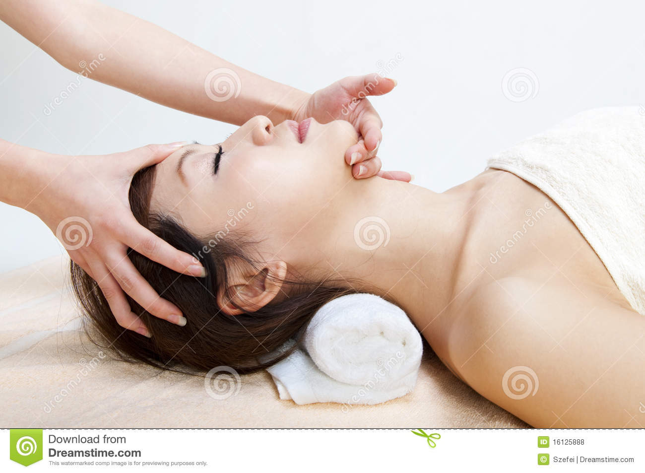 Chinese Massage Face Massage Royalty Free Stock Photos Image 16125888