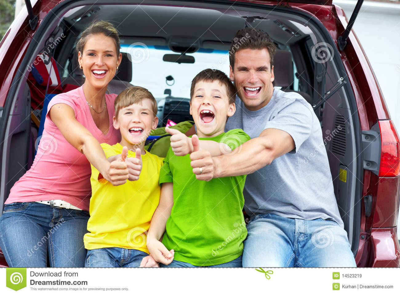 What Family Car Family Car Stock Image Image Of Summer People Happy