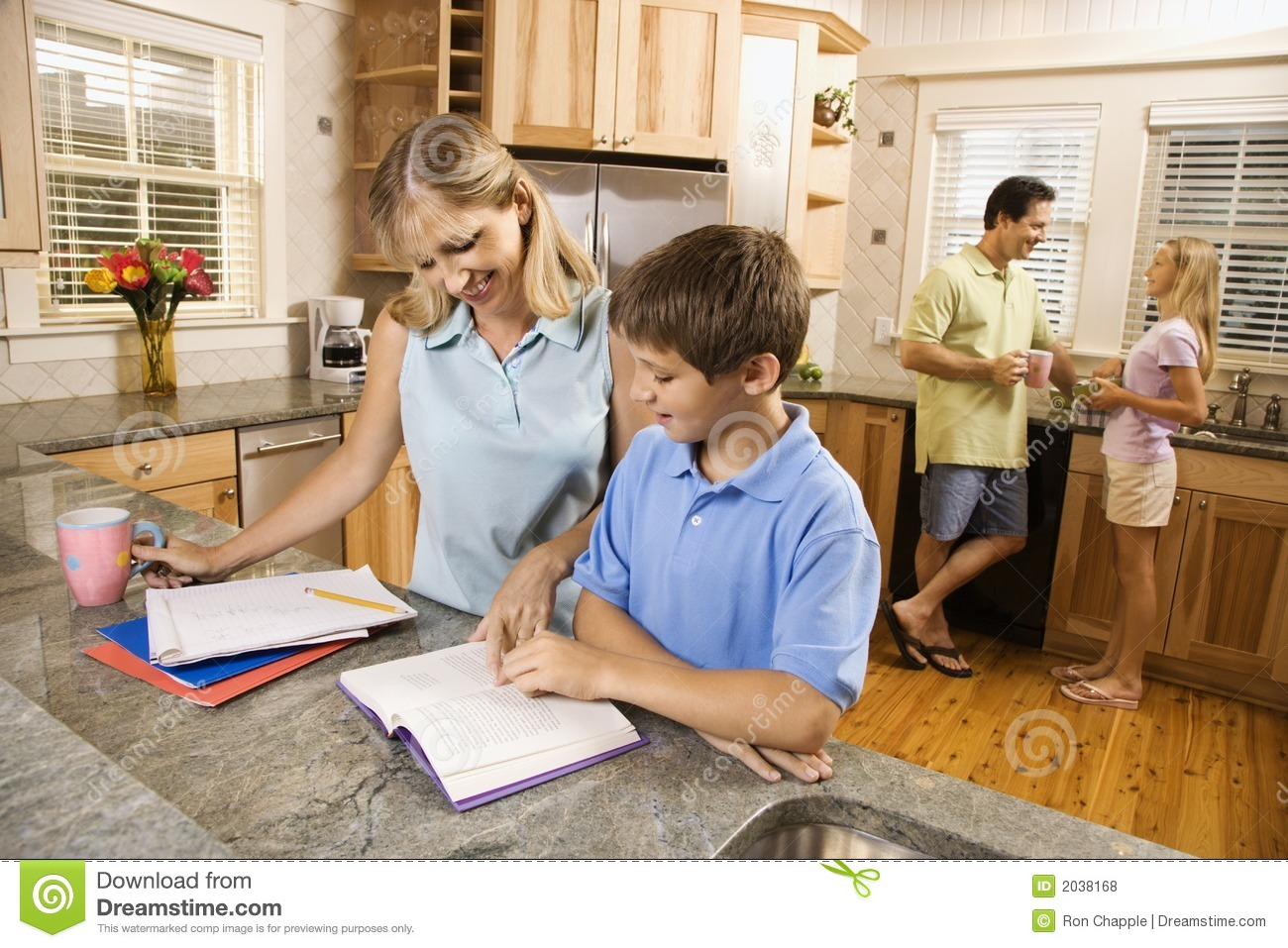 Ikea Küche Student Family In Kitchen Doing Homework Stock Photo Image Of