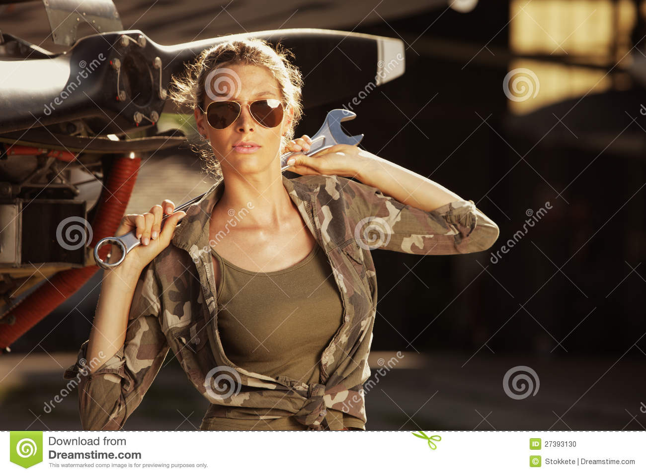 Army Pin Up Girl Wallpaper Fashion Female Airplane Mechanic Stock Photo Image Of
