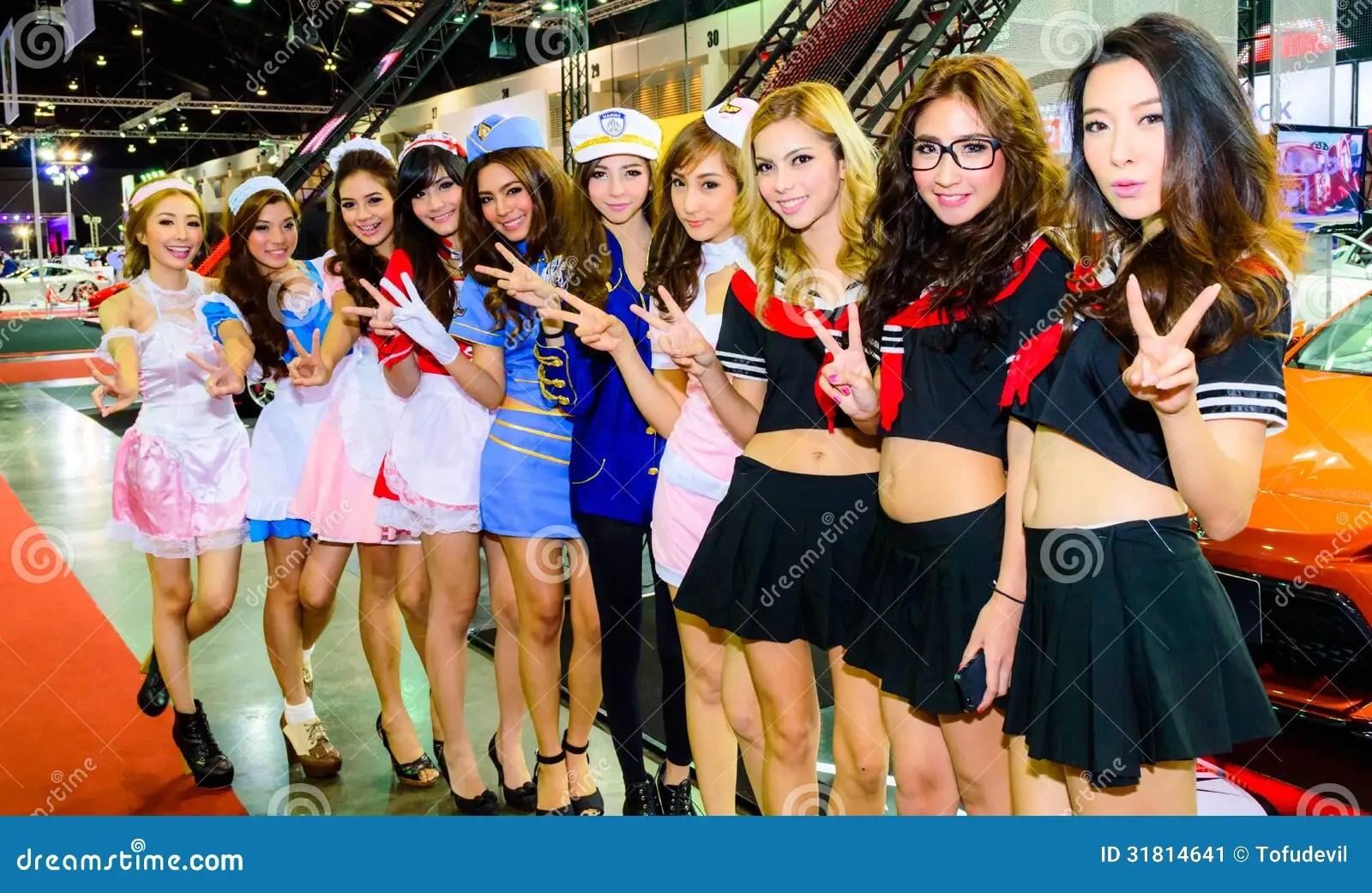 Wallpaper Import Cars Female Presenters Model At Bangkok International Auto