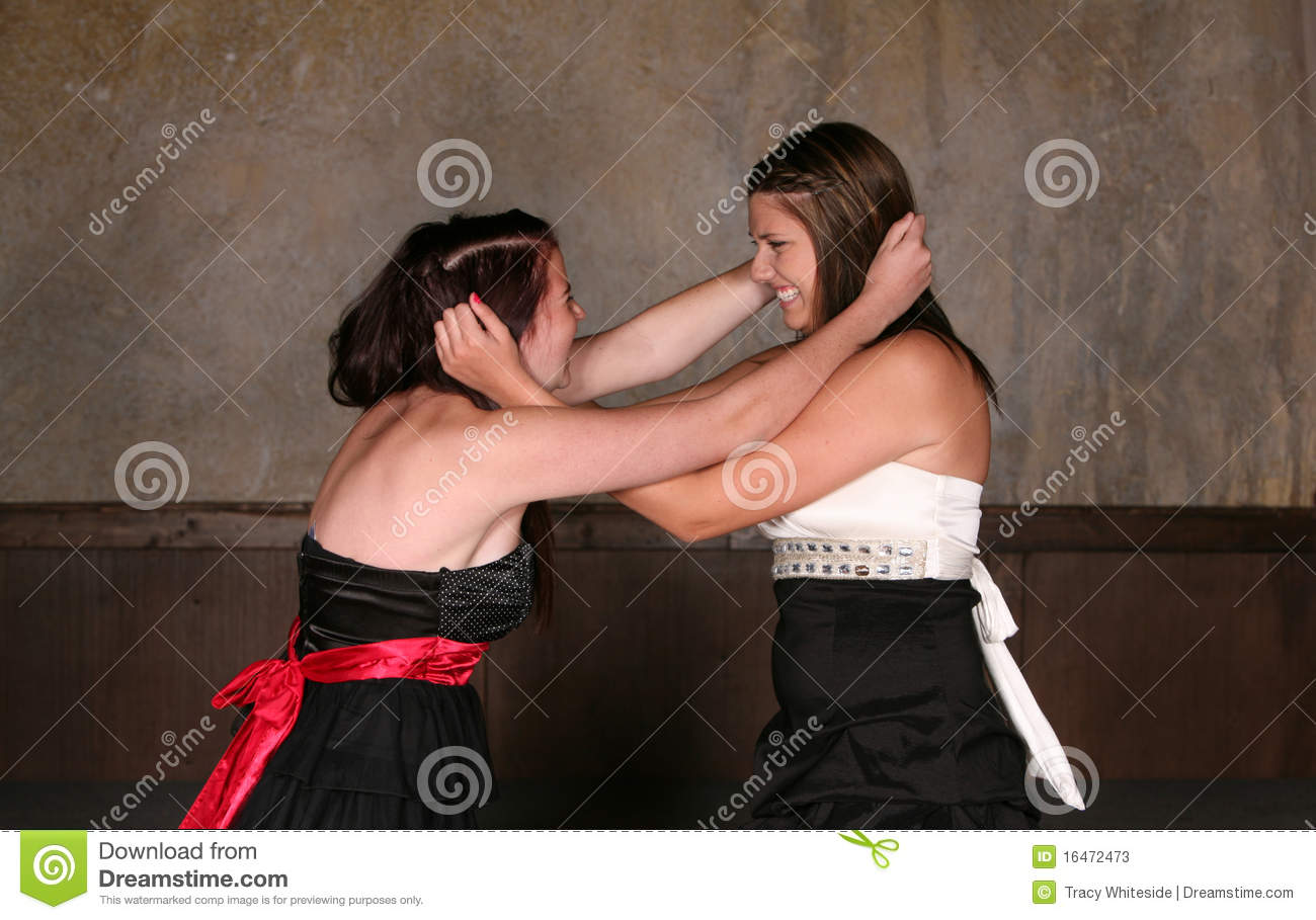 girls fighting over a boy