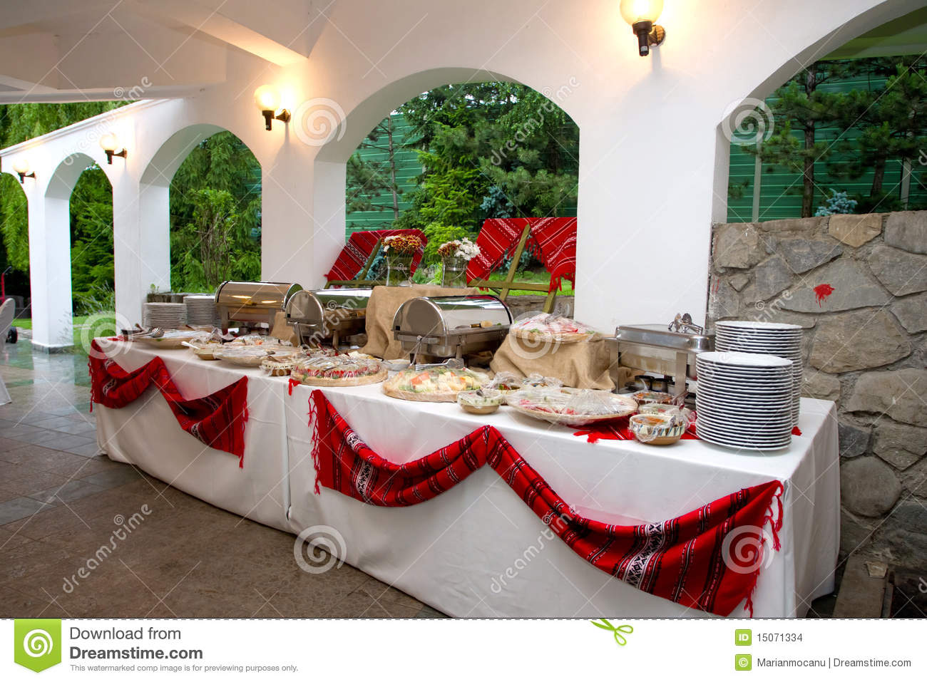 Table Bar Rangements Food Table Arrangement Stock Photo Image Of Serving