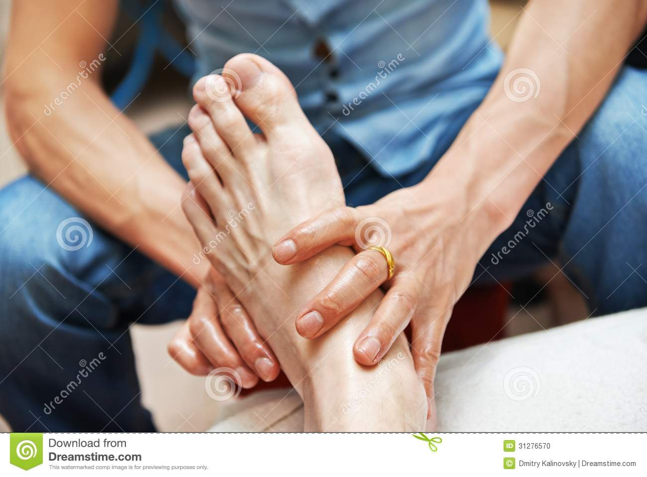 Chinese Massage Foot Massage Stock Photo Image 31276570