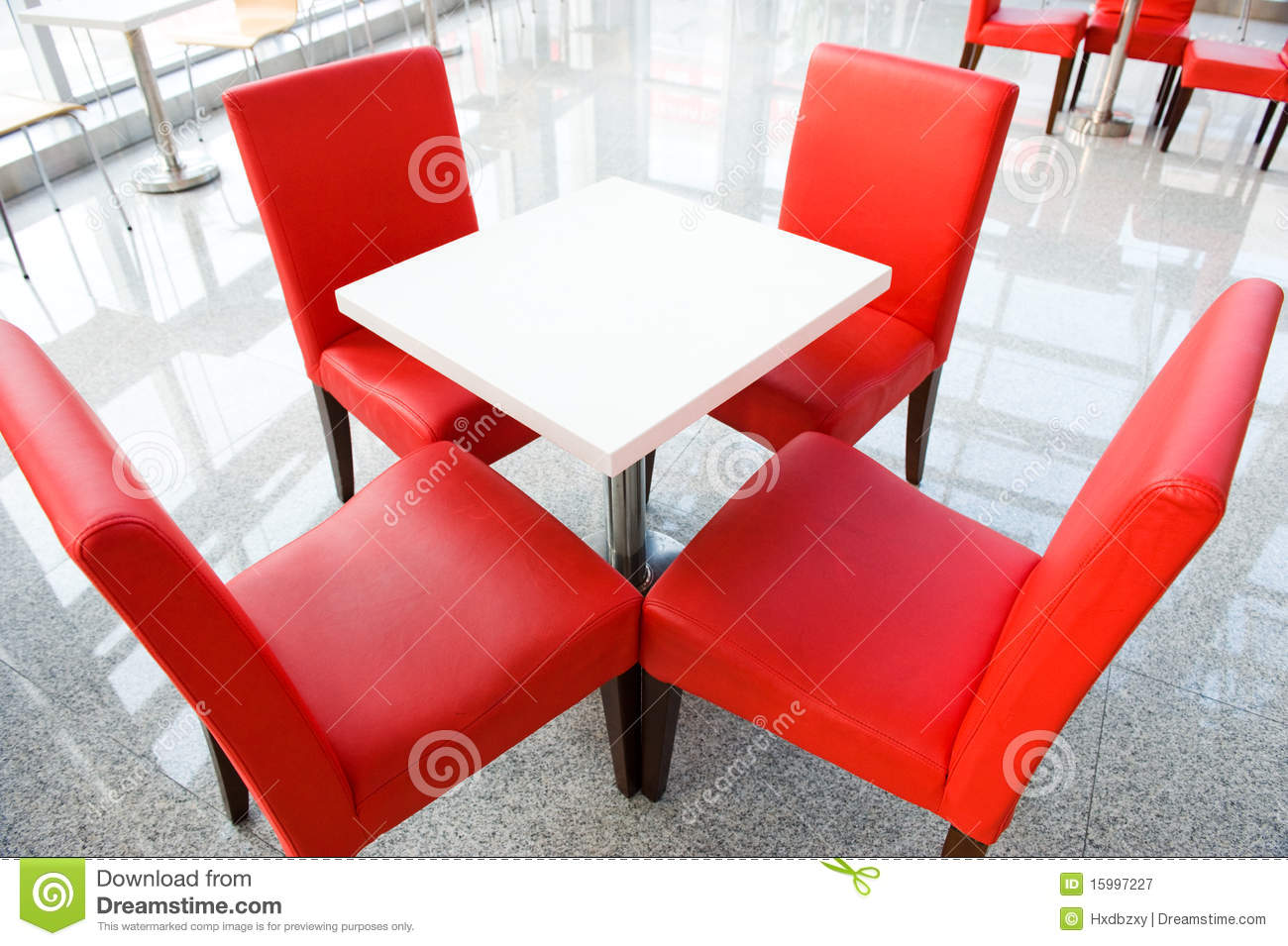 Rote Lederstühle Four Red Chairs At A Table Stock Image Image Of Coffee 15997227