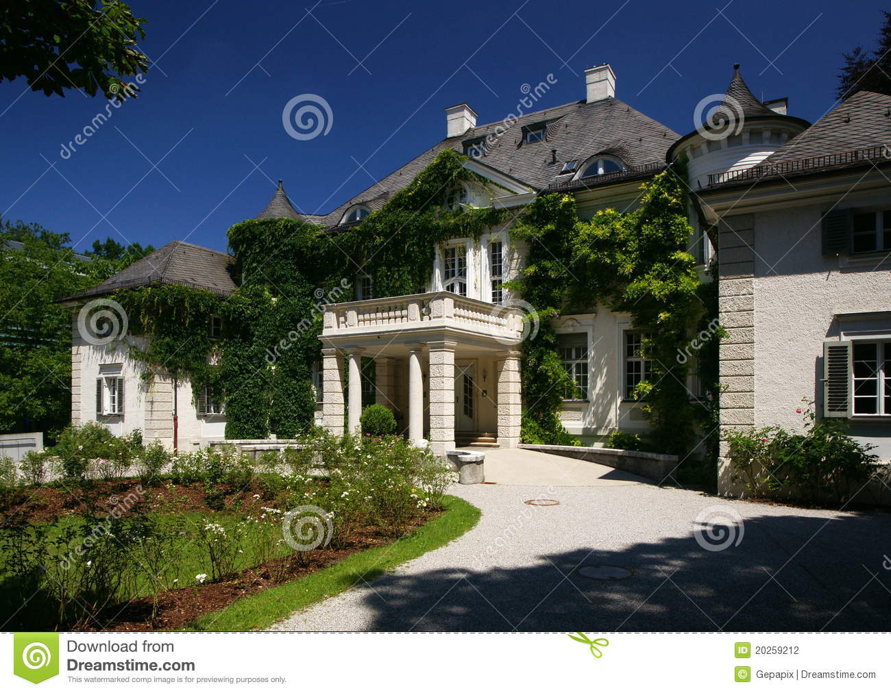 Villa Medici München French Mansion Stock Image Image Of Munich Home Bavarian 20259127