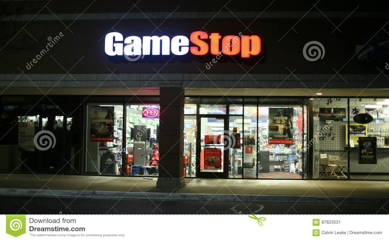 Tiendas Games Game Stop Video Store Editorial Photo Image Of Family 87623531