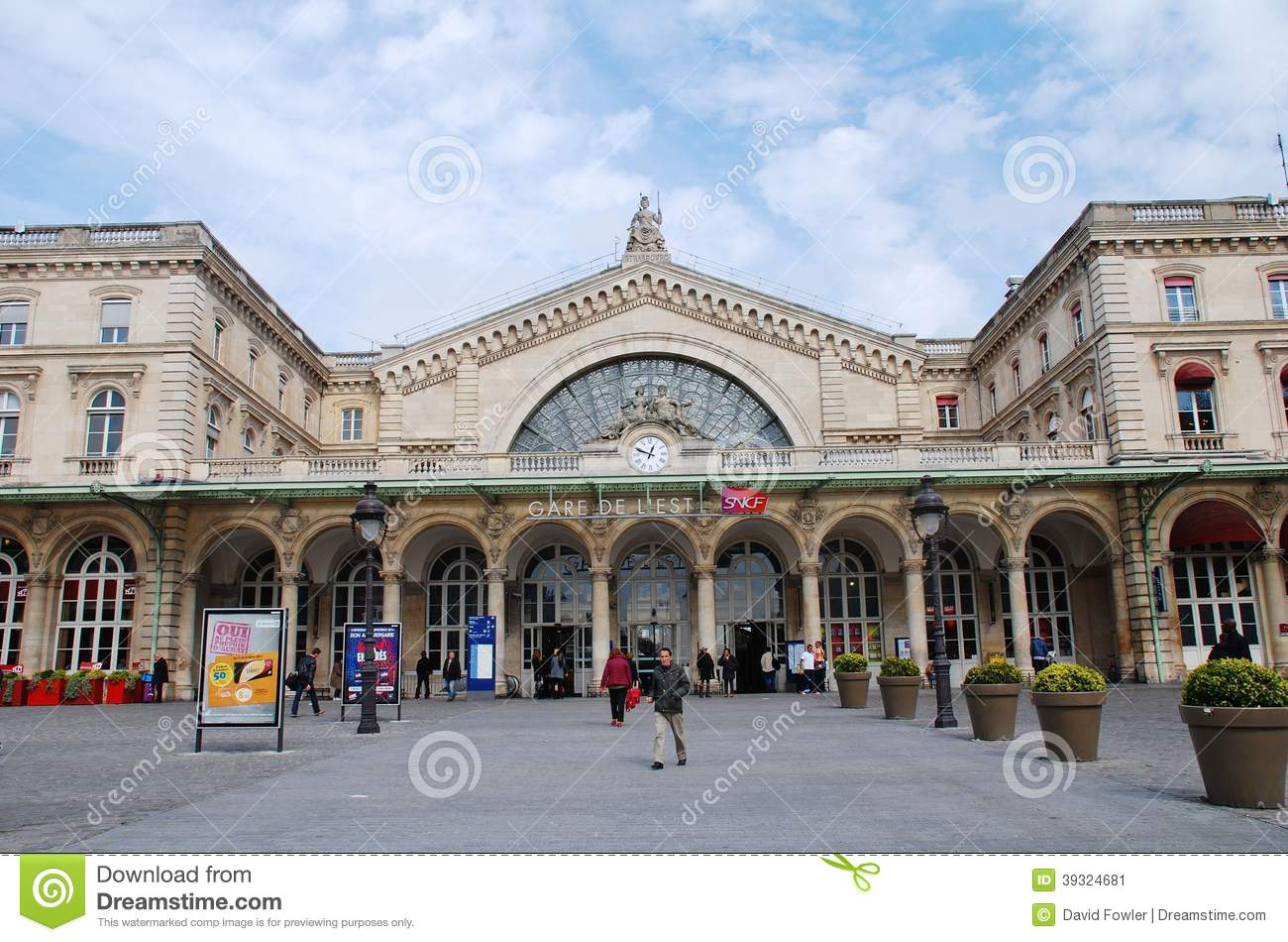 Gare De Paris Gare De L Est Paris Editorial Photo Image Of Infrastructure
