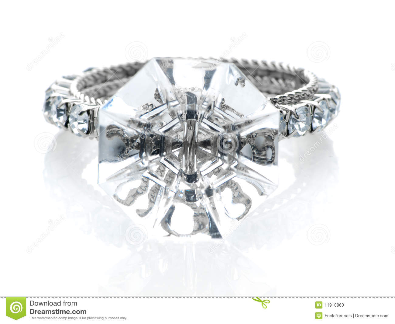 giant wedding rings giant wedding ring Giant wedding rings Giant Diamond Ring Giant Diamond Ring Front View