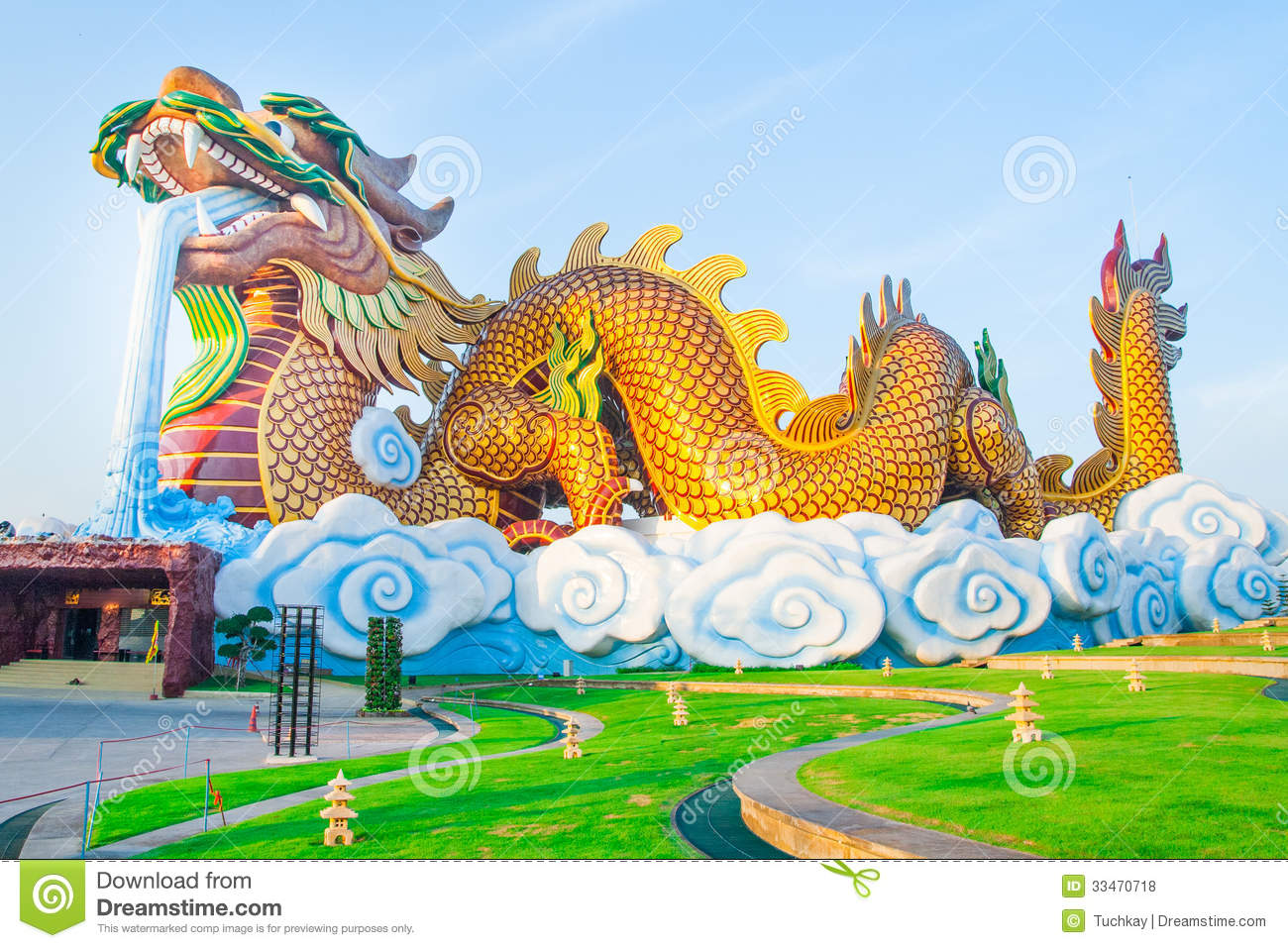 Giant Dragon Statue Giant Dragon Stock Illustration Image Of Asian Artistic