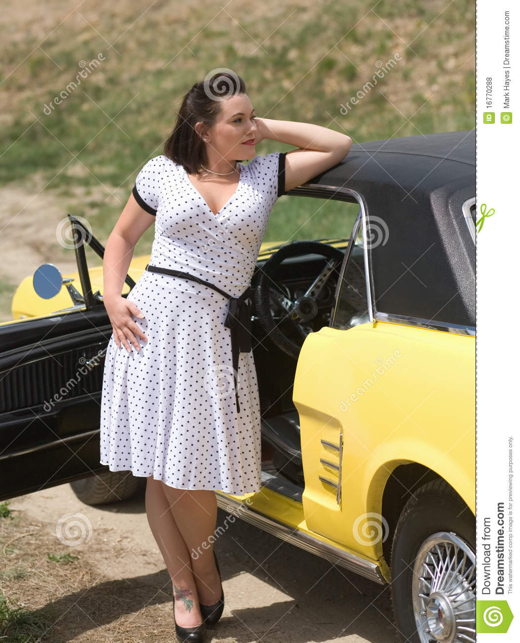 3d Mustang Wallpaper Girl And Classic Car Royalty Free Stock Photos Image