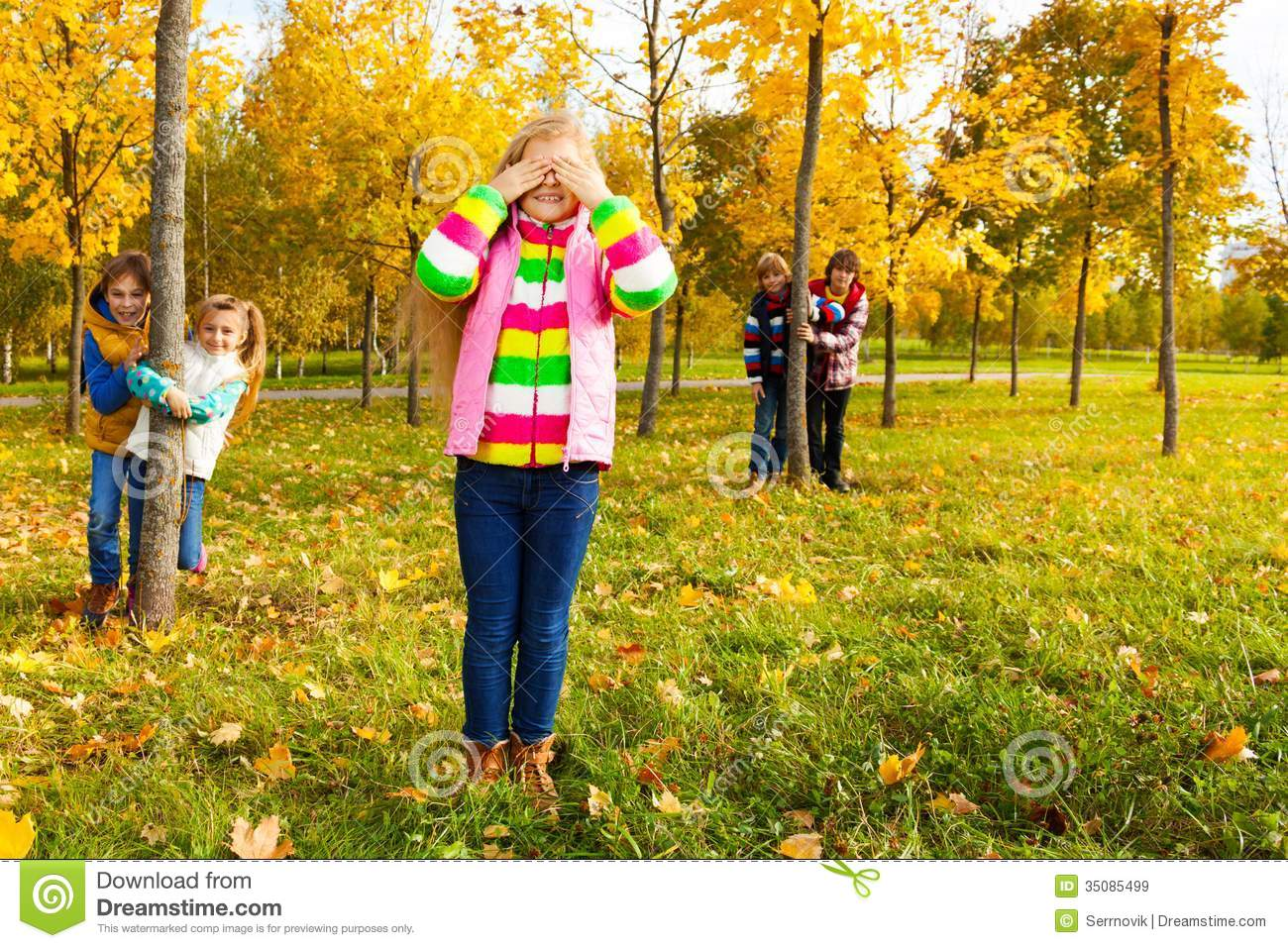 Hide And Seek Kids Girl Play Hide And Seek With Friends Stock Image Image Of Fall