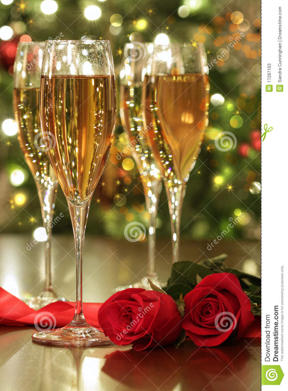 Wallpaper San Valentin 3d Glasses Of Champagne And Red Roses Stock Photos Image