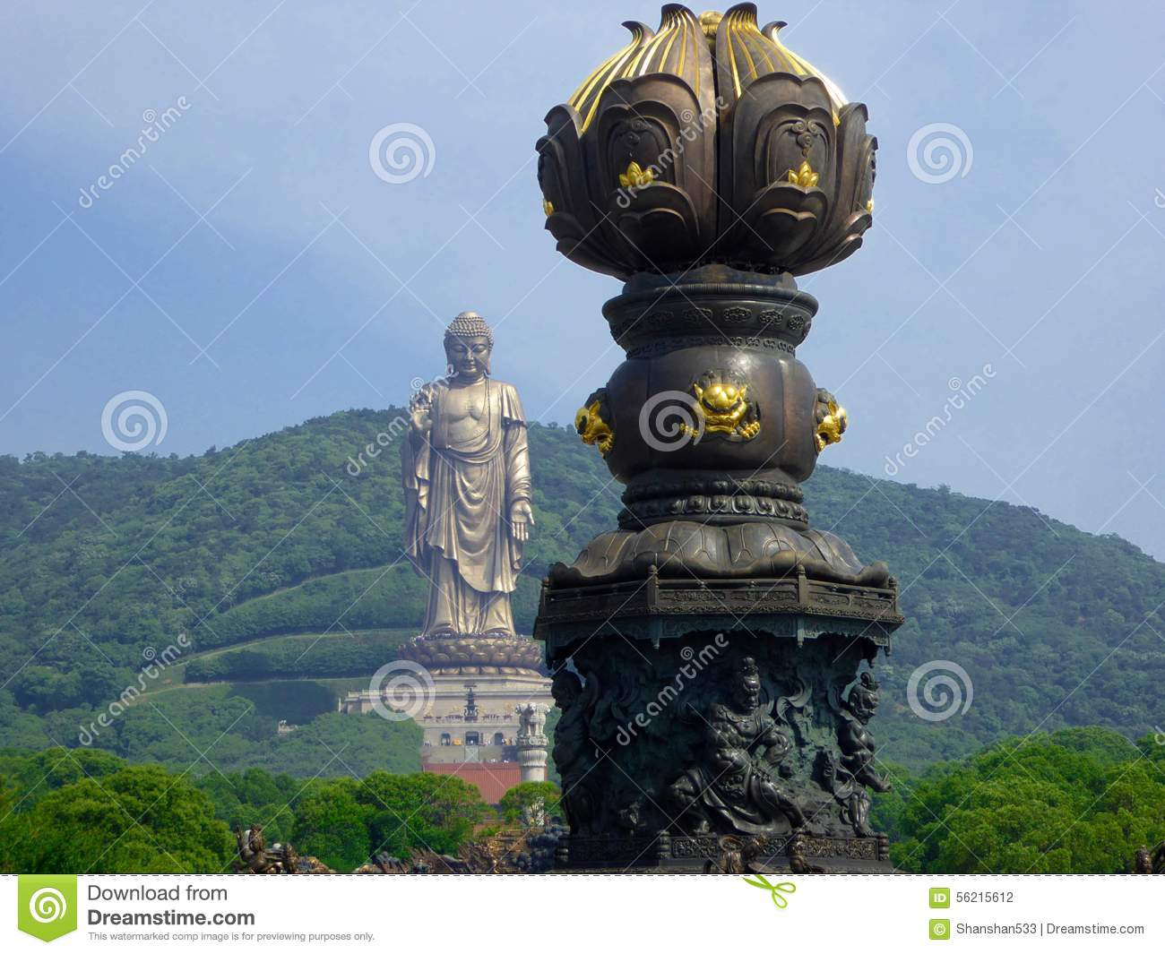 Giant Dragon Statue Grand Buddha Sculpture With Bathing By Nine Dragons In The