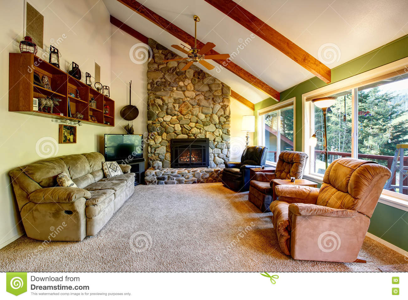 Great Living Room Interior In American Country House