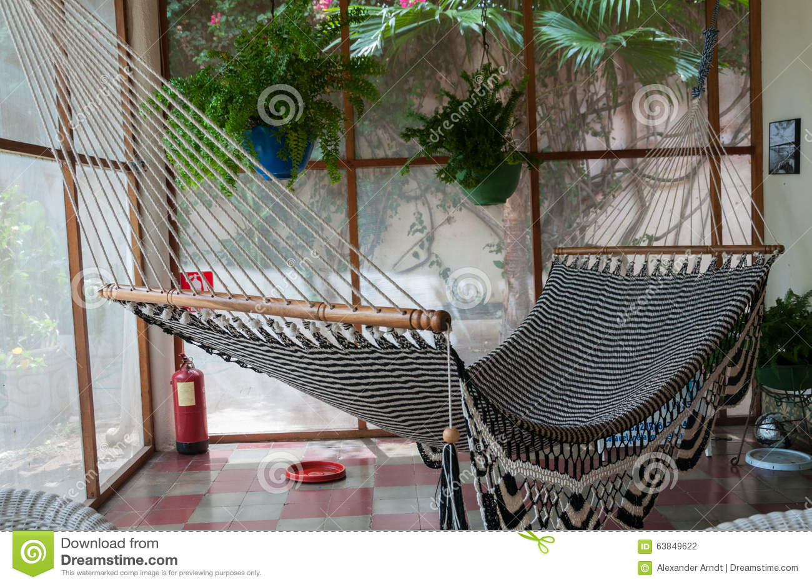 Hangmat Op Balkon : Hangmat groot hangmat magnifico luilak hangmatten en hangstoelen