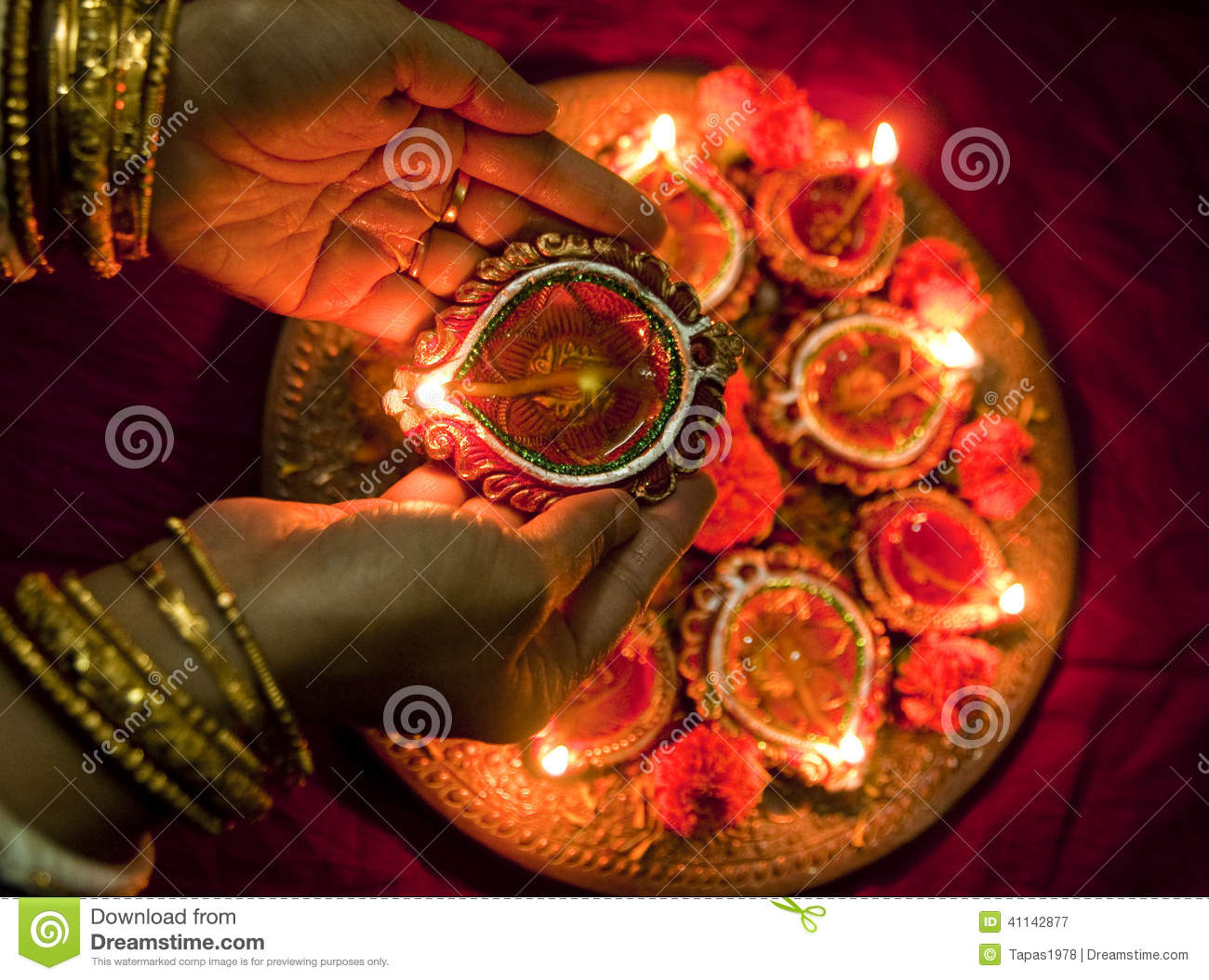 Earthen Lamp Diwali Hands Holding Diwali Lamps Stock Photo Image 41142877