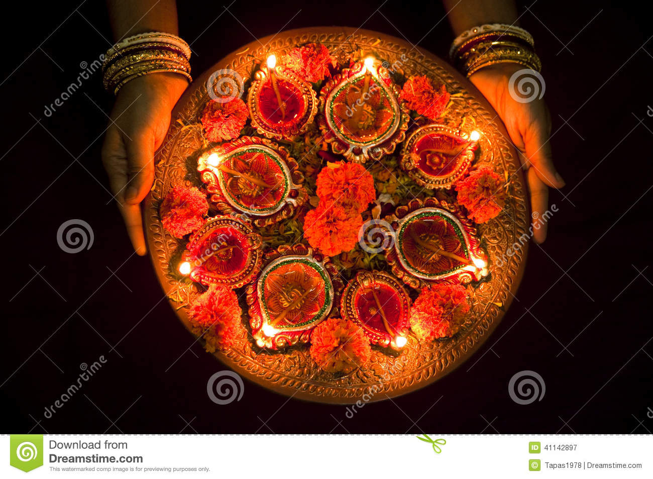 Earthen Lamp Diwali Hands Holding Diwali Lamps Stock Photo Image 41142897