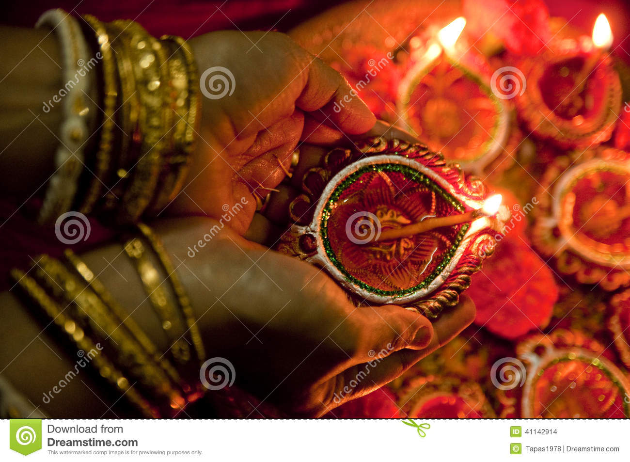 Earthen Lamp Diwali Hands Holding Diwali Lamps Stock Photo Image 41142914