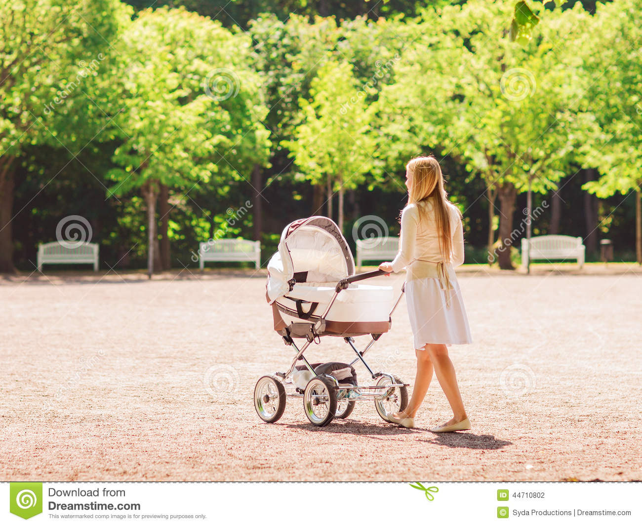 Childcare Pram Happy Mother With Stroller In Park Royalty Free Stock