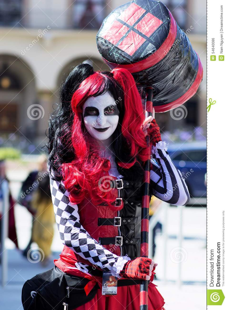 Anime Zombie Girl Wallpaper Harley Quinn Avec Le Marteau Cosplay Photo 233 Ditorial