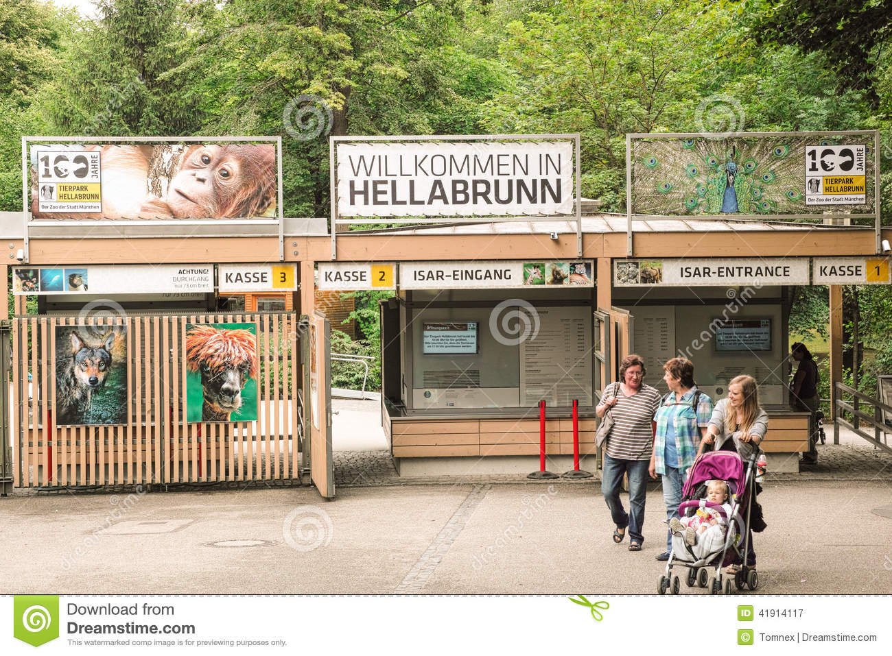 Zoo Kölle München Hellabrunn Editorial Photography Image Of Visitors