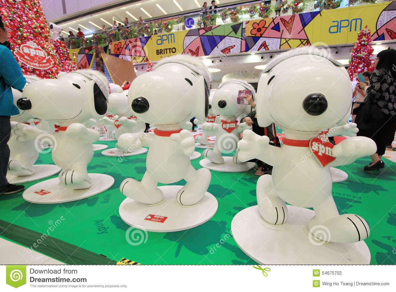 Apm Decoration Apm Snoopy Christmas Decoration In Hong Kong Editorial