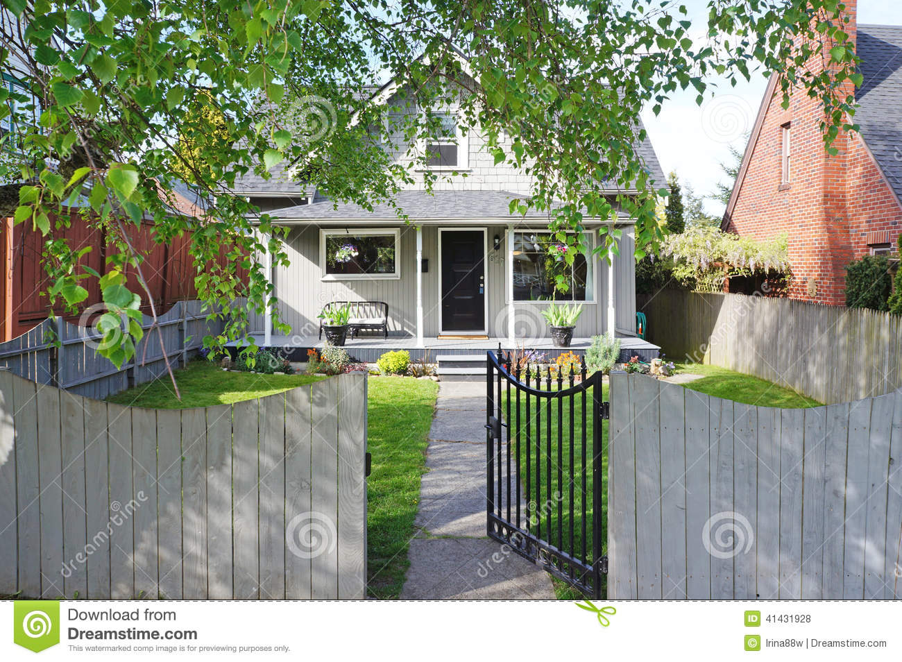 House Exterior Entrance Porch And Front Yard View Stock Photo Image Of Porch House 41431928
