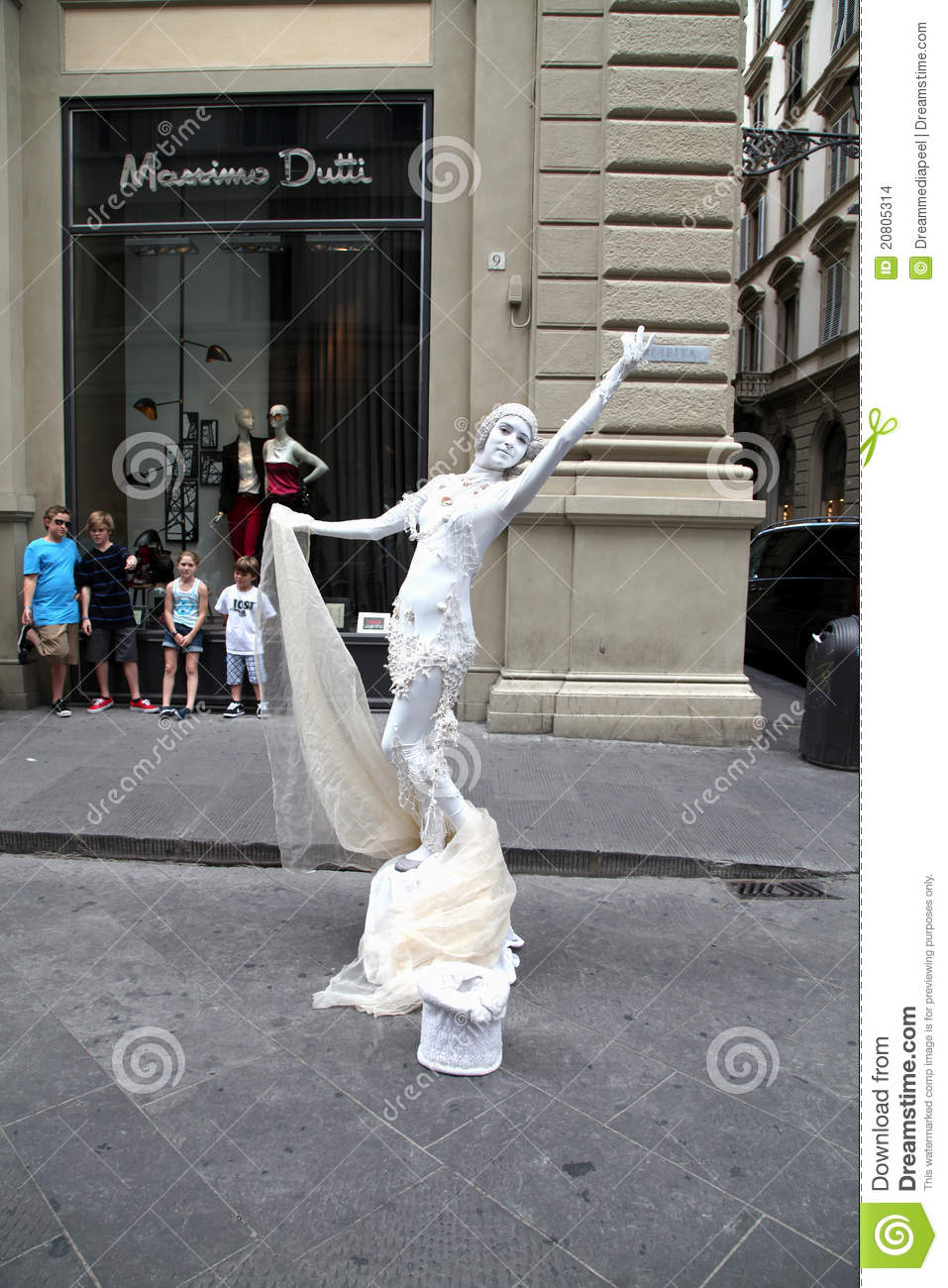 Travel Contest 2017 Human Statue Rome Italy Editorial Stock Image Image
