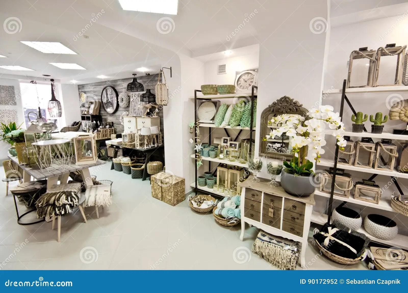 Boutique Decoration Interieur Maison | Tonnant Decoration Interieur ...