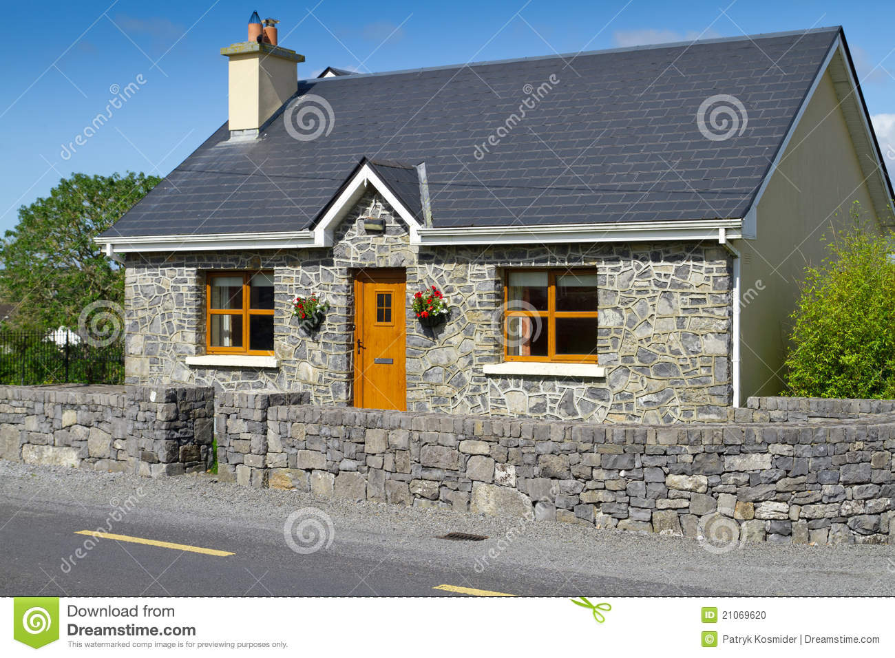 Irish Stone Houses Irish Stone Cottage House Stock Photo Image 21069620