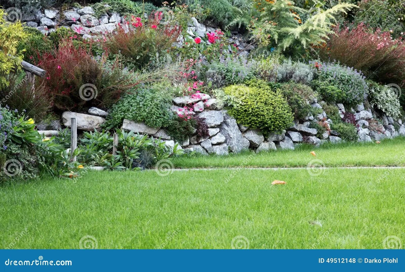 Jardin Rocaille Zen | Créer Son Jardin De Rocaille Et Le Décorer ...