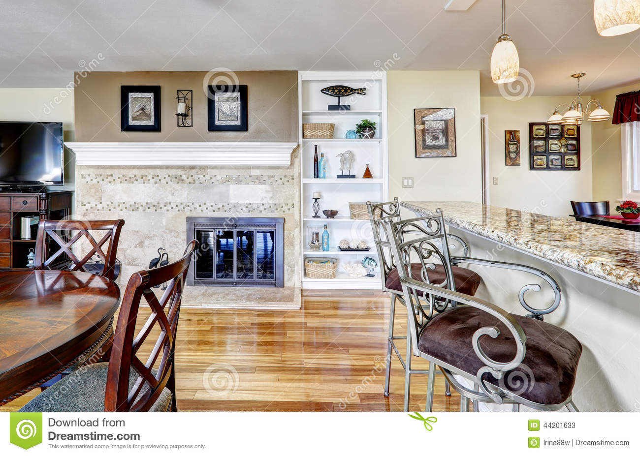 Keuken Restaurant Vies Kitchen With Fireplace And Dining Table Stock Image
