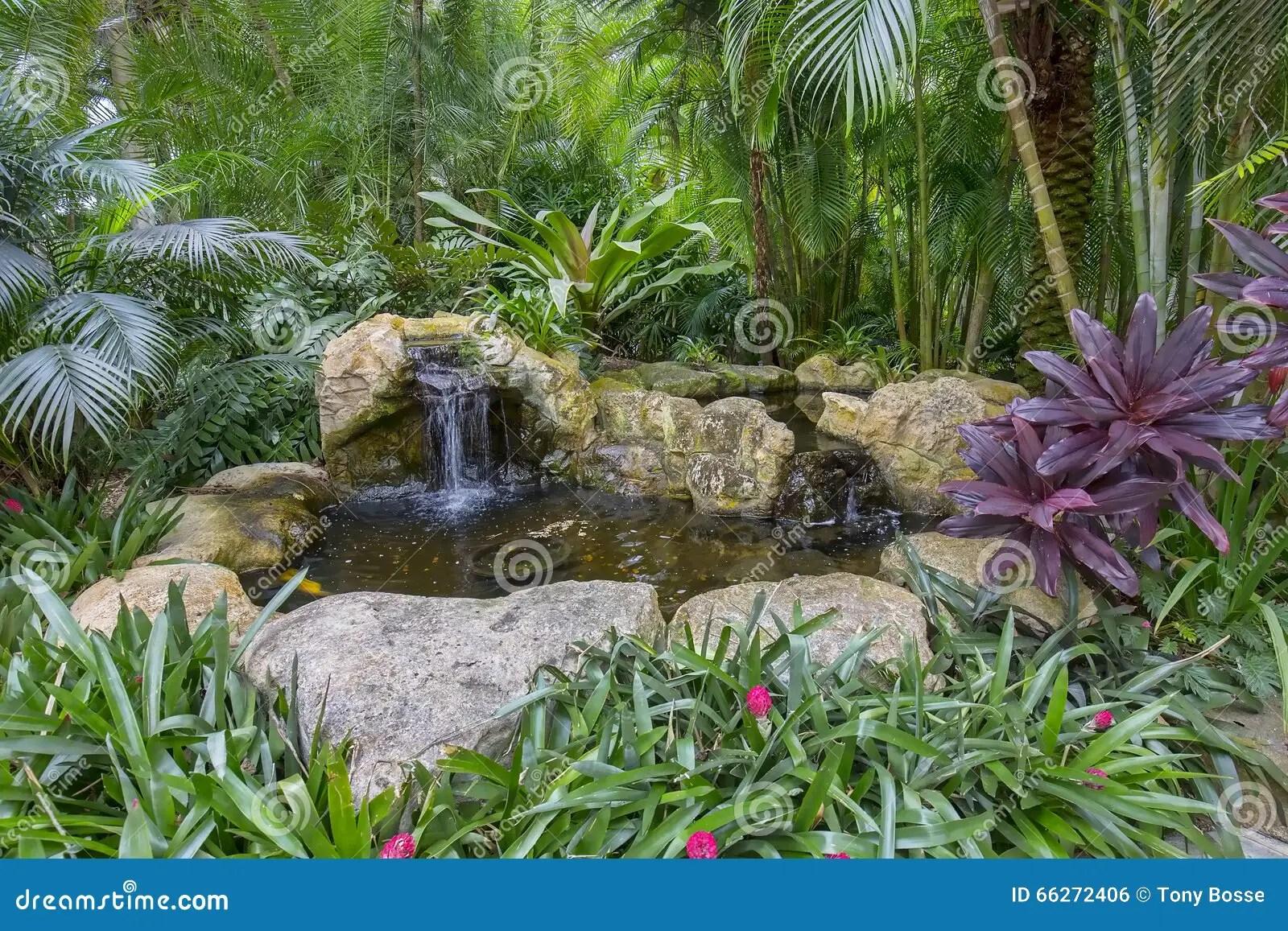 Steingarten Mit Teich Kleiner Wasserfall Im Garten Selber Bauen
