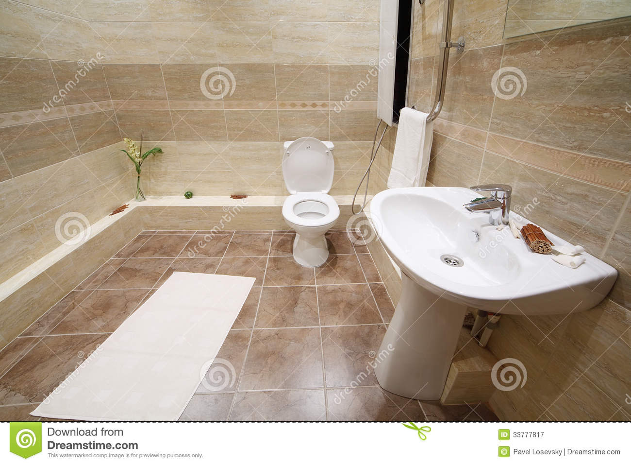 Helle Küchenfliesen Light And Clean Toilet With Tiles On Floor Stock Image Image Of