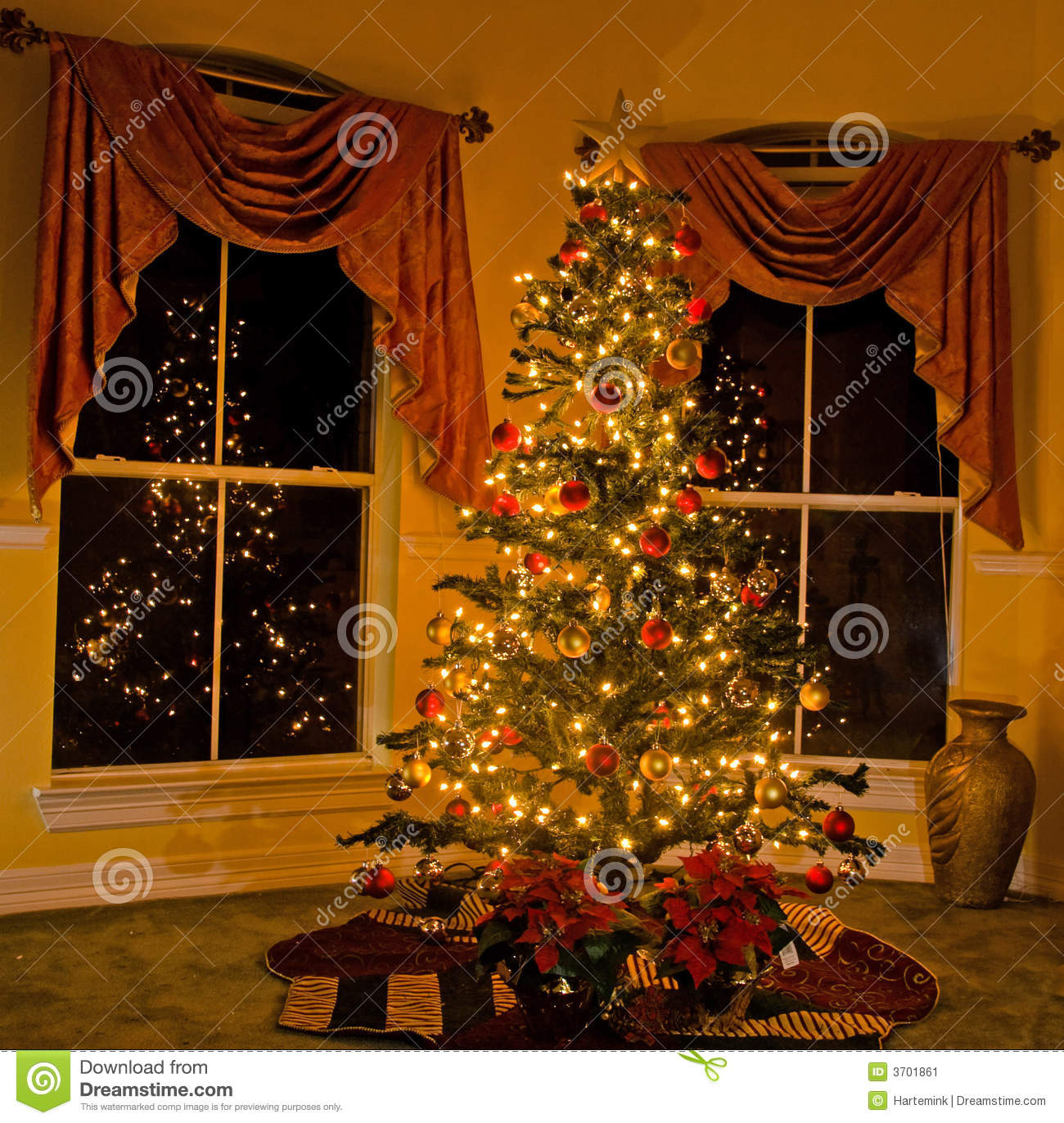 Free Animated Fireplace Wallpaper Lighted Christmas Tree In Cozy Home Stock Image Image