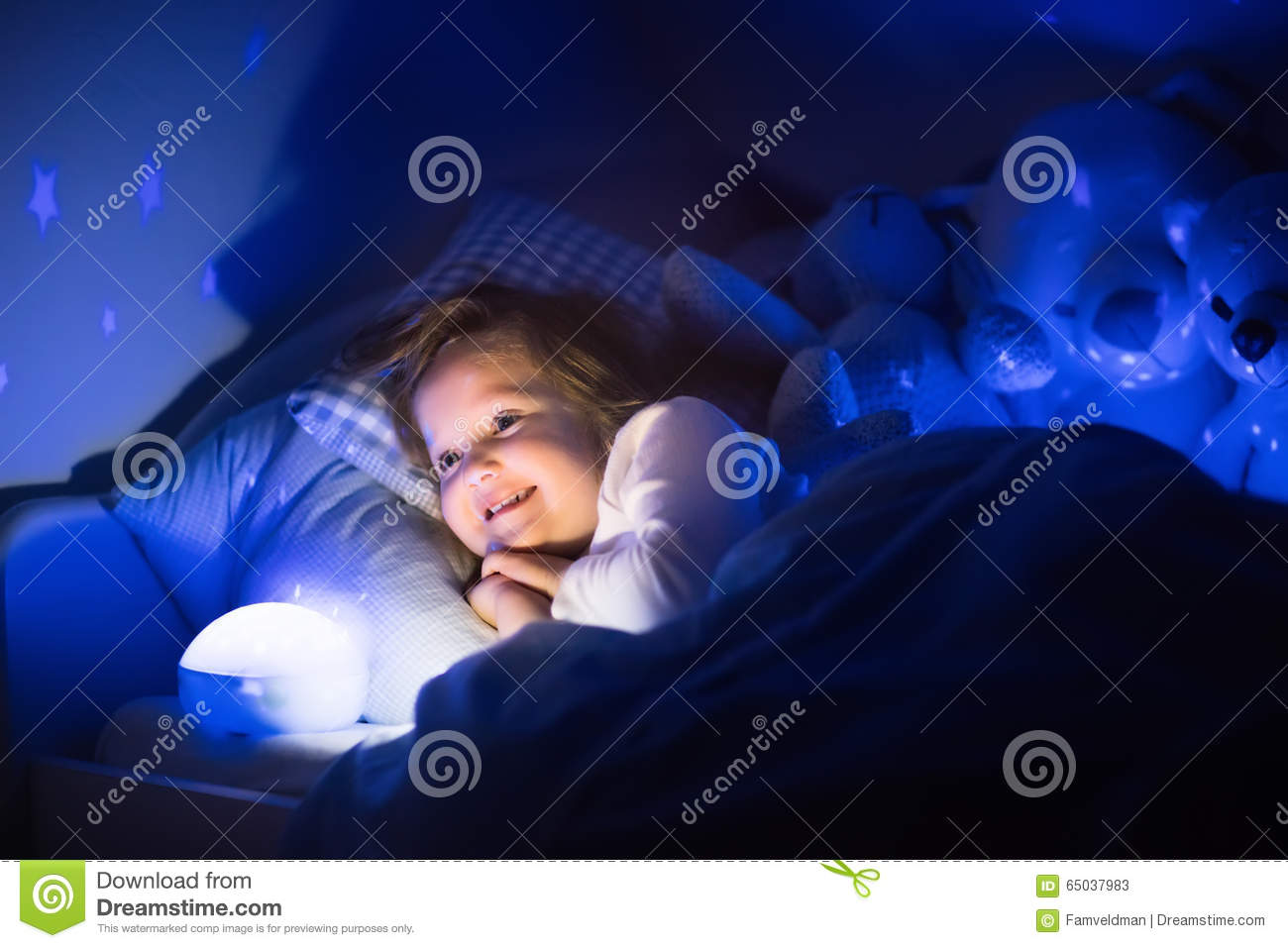 Toddler Night Light Little Girl Reading A Book In Bed Stock Image Image