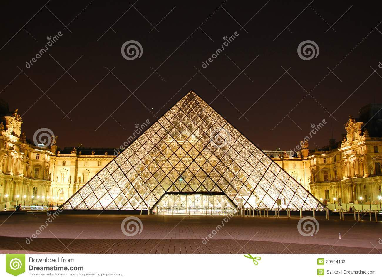 Le Lit Paris Louvre By Night Editorial Photography Image Of Attraction 30504132