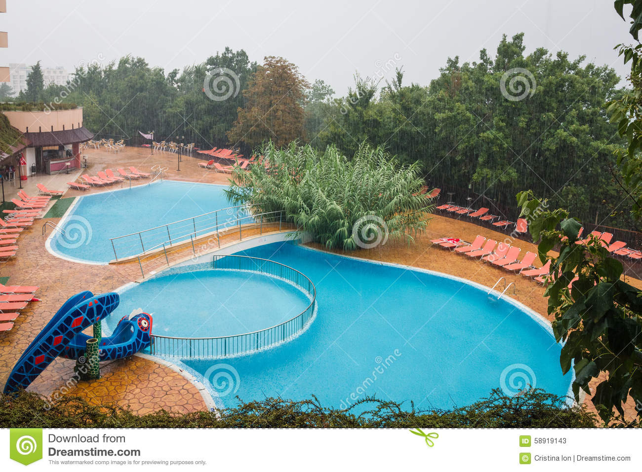 Swimmingpool Berlin Lti Berlin Green Park Swimmingpool Golden Sands Bulgaria Stock