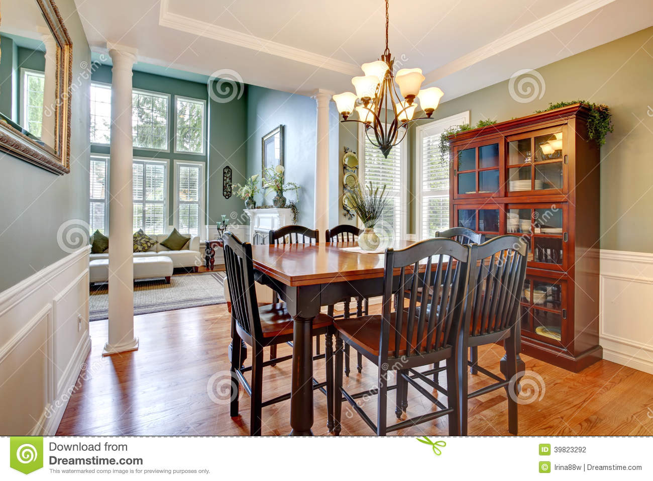 Traditionnelle Sofas Couches Luxury House Interior Dining Room Stock Photo Image