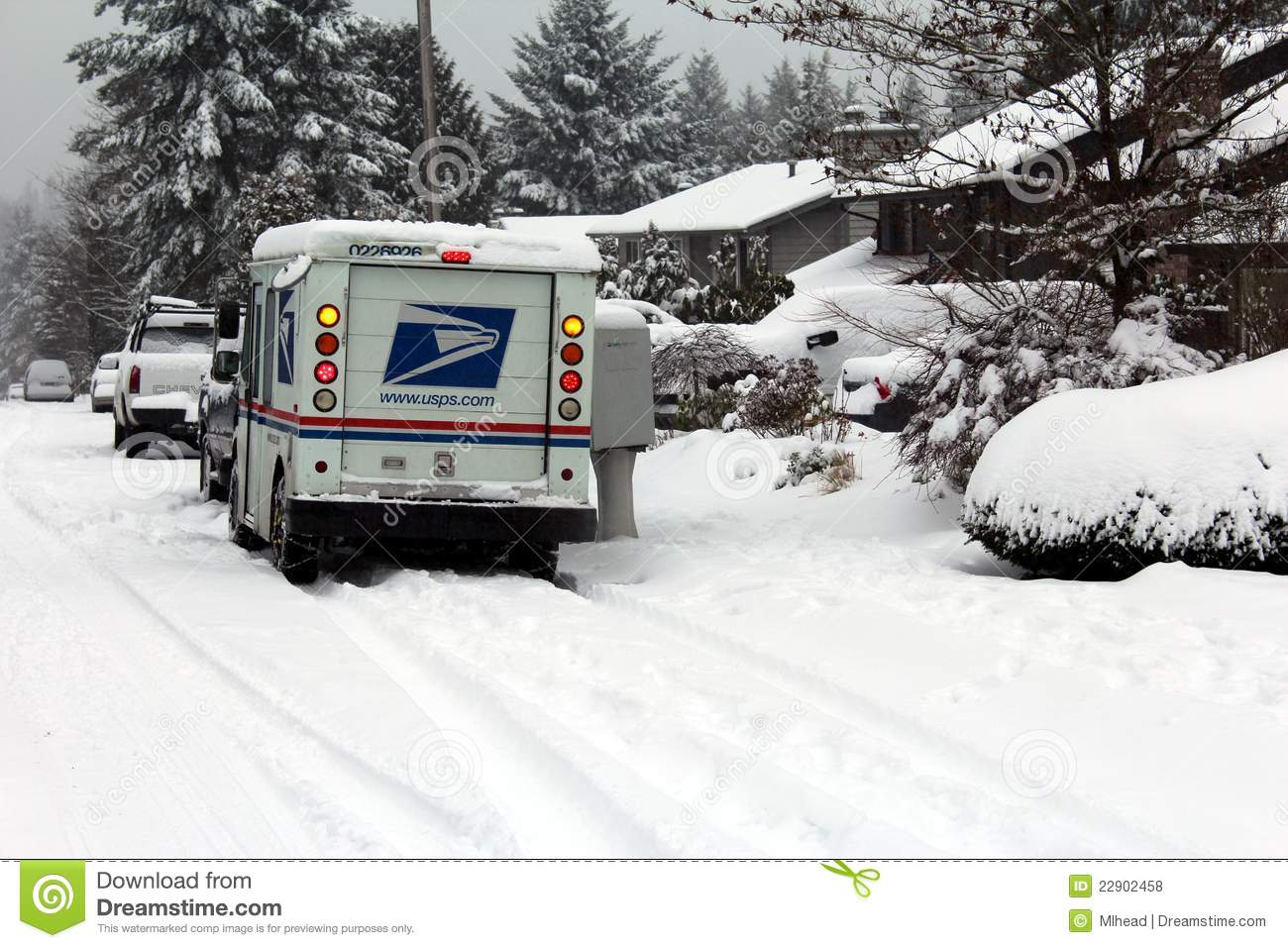 Fotos In Postergröße Mail Delivery During Snow Storm Editorial Stock Photo