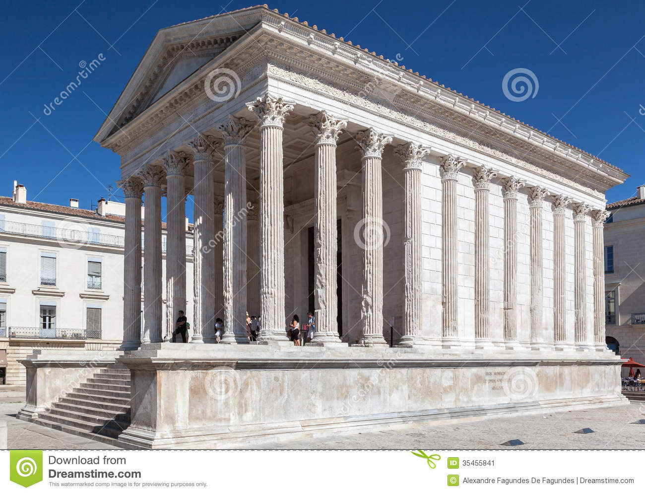 Salon De Provence Nimes Maison Carree Nimes France Editorial Photo Image Of