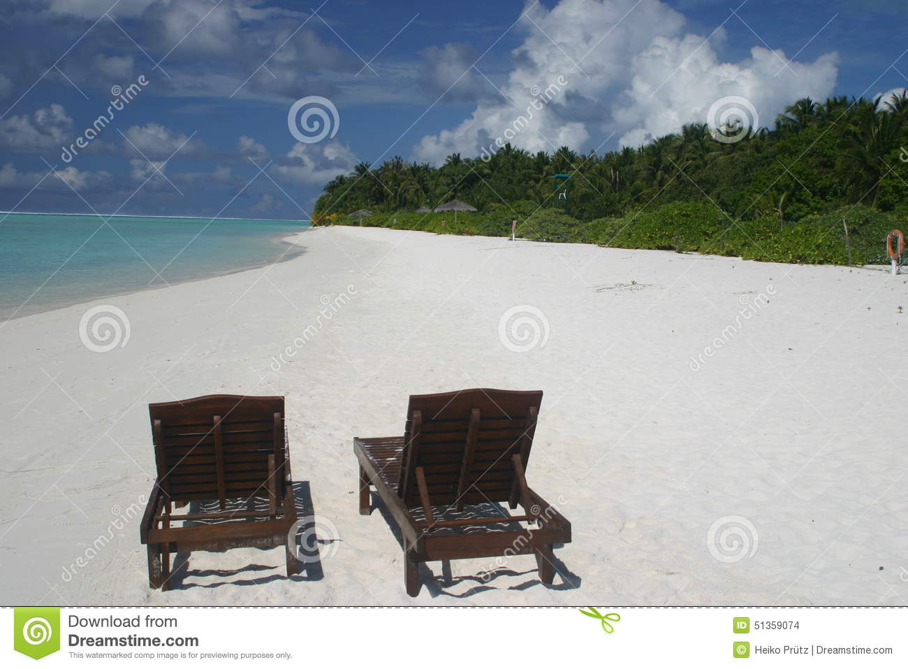 Loungeliegen Maledives Beach Lounges Stock Photo Image Of Ocean Meer 51359074