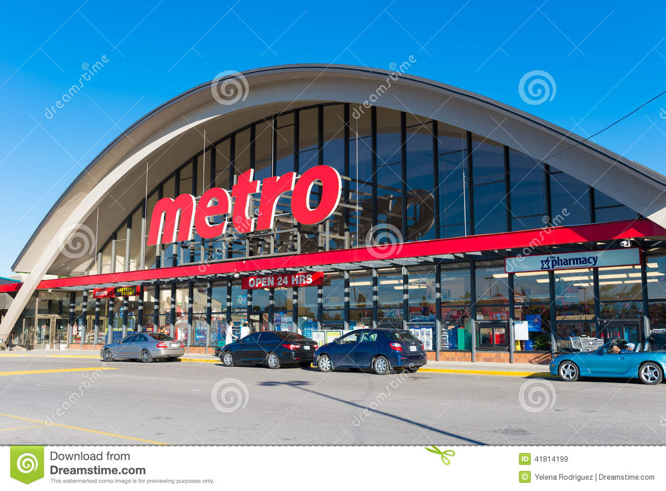 Canadian Stores Metro Grocery Store In Toronto Canada Editorial Stock