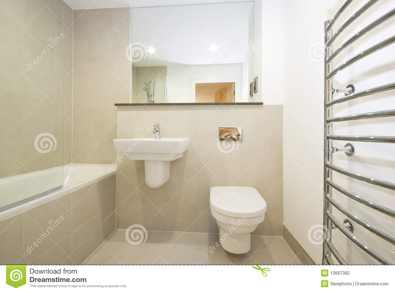 Bad Ideen Modern Modern En Suie Bathroom In Beige Stock Photo Image Of Interior