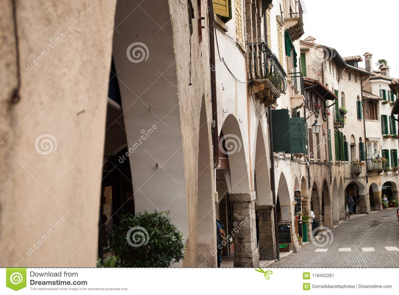 Decoration Facade Villa Algerie The Narrow Alleys Of The Beautiful Town Of Asolo In Treviso Italy